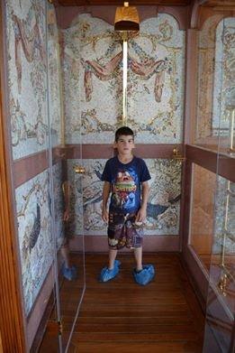 «Республика Пилигрим» мечтает из военного Мариуполя переехать в Межигорье, фото-11