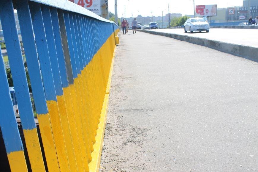 Луцьк - патріотичний або як лучани розмалювали міст, фото-26