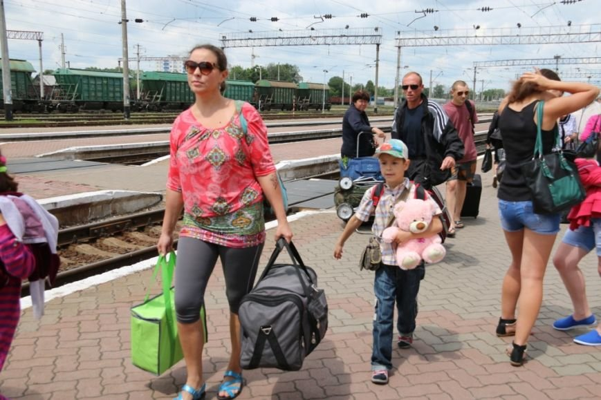 Первый поезд Чернигов-Симферополь заполнился лишь на четверть, фото-6