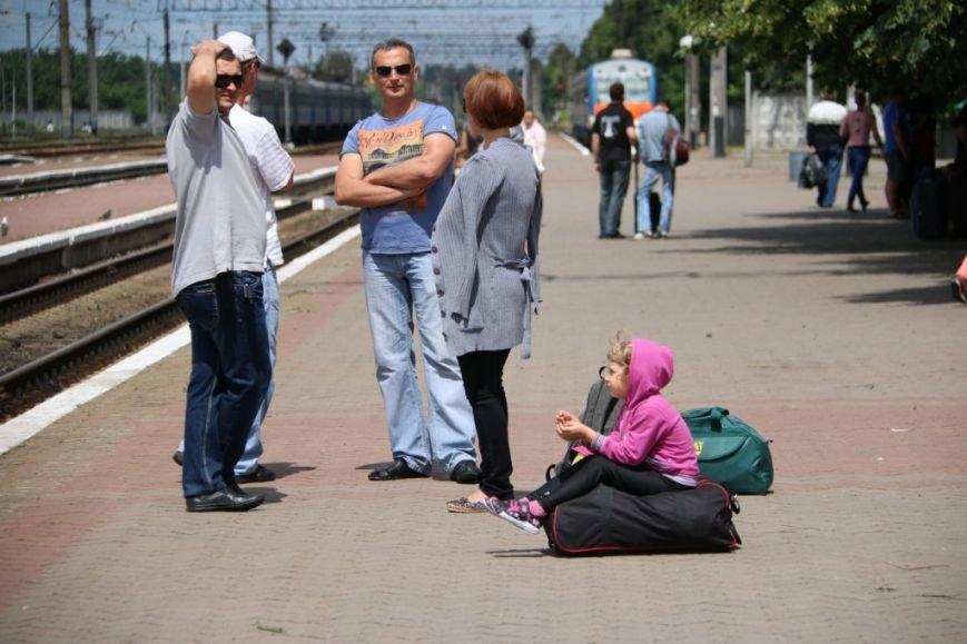 Первый поезд Чернигов-Симферополь заполнился лишь на четверть, фото-4