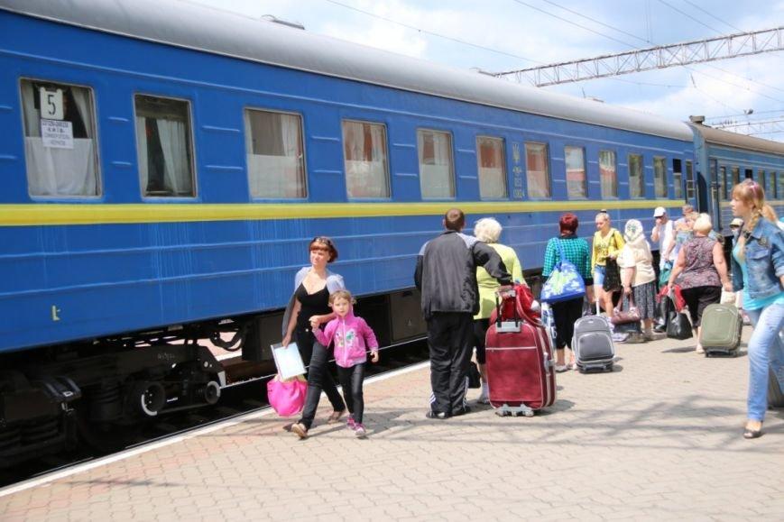 Первый поезд Чернигов-Симферополь заполнился лишь на четверть, фото-8