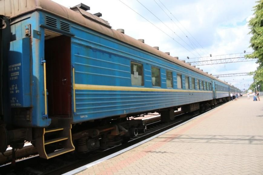Первый поезд Чернигов-Симферополь заполнился лишь на четверть, фото-1