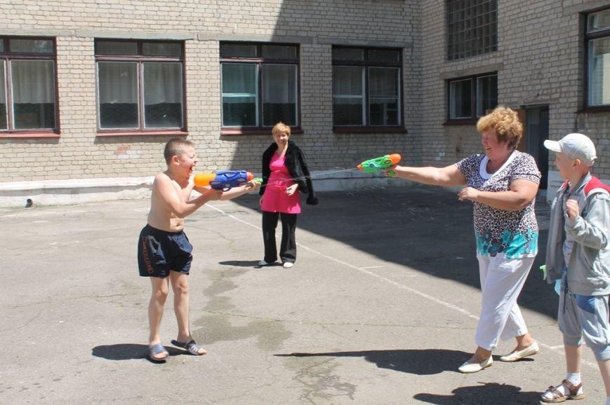 День Нептуна в артемовской школе №12 закончился «Водной битвой», фото-16