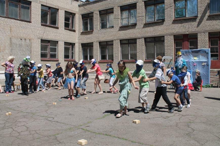 День Нептуна в артемовской школе №12 закончился «Водной битвой», фото-4