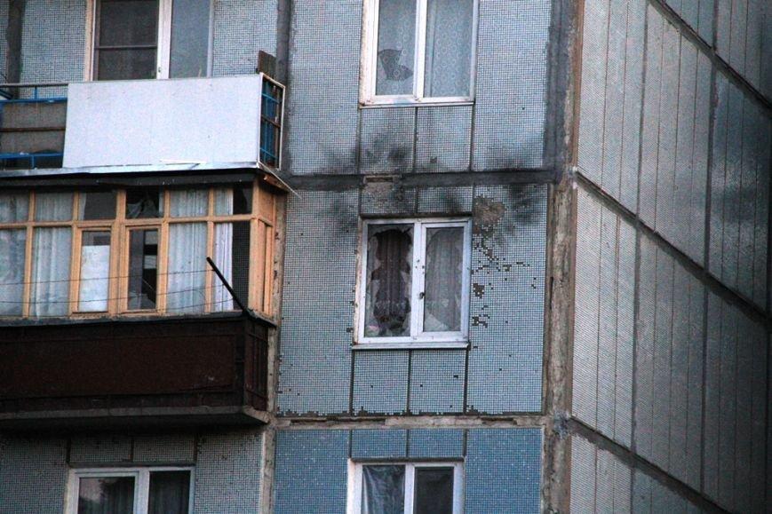Последствия штурма танковой базы в Артемовске 20 июня: разбитые дороги, гильзы и пожар (ФОТО), фото-12