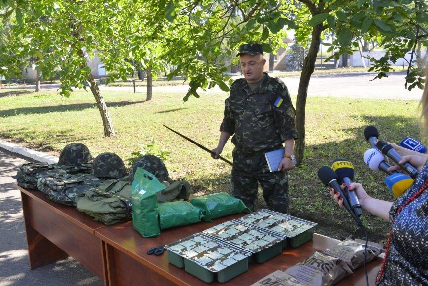 Из Одесской области на восток ежедневно отправляют 5 рейсов с питанием и одеждой (ФОТО), фото-7