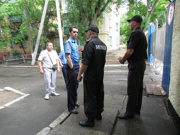 В Мариуполе родители военнослужащих просили отпустить их детей домой (ФОТО), фото-2