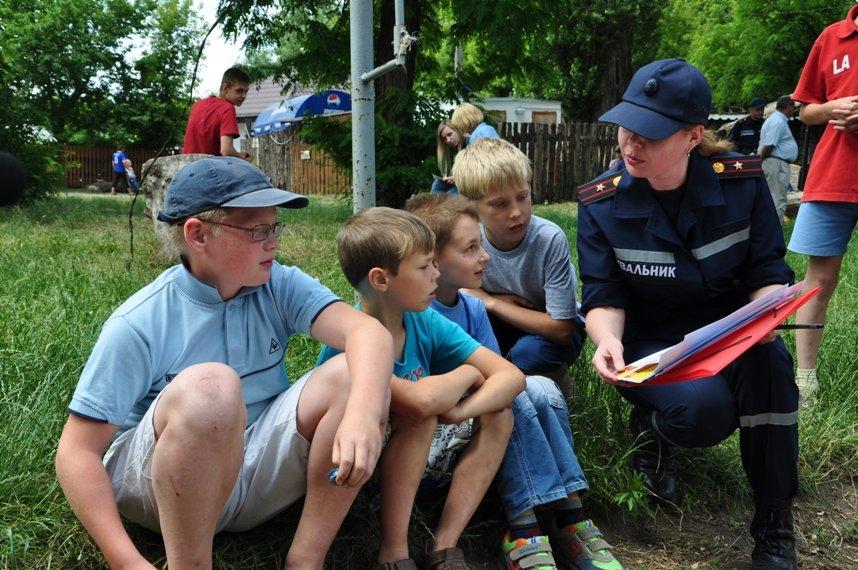 На Кіровоградщині рятувальники пильнують безпеку відпочивальників біля водойм та запобігають пожежам у лісах, фото-1