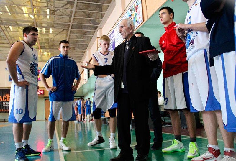 В Белгороде ушел из жизни Заслуженный тренер СССР по баскетболу Георгий Саакян, фото-1