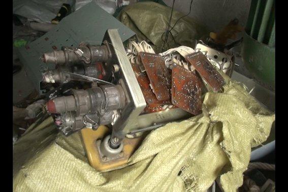 В Запорожье злодеи вынесли с авиабазы запчастей и топлива на миллионы гривен (ФОТО), фото-1