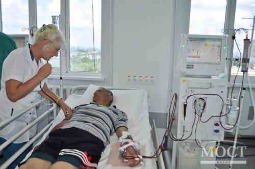 В Днепропетровск для прохождения процедуры гемодиализа привезли 37 пациентов из Краматорска (ФОТО), фото-5