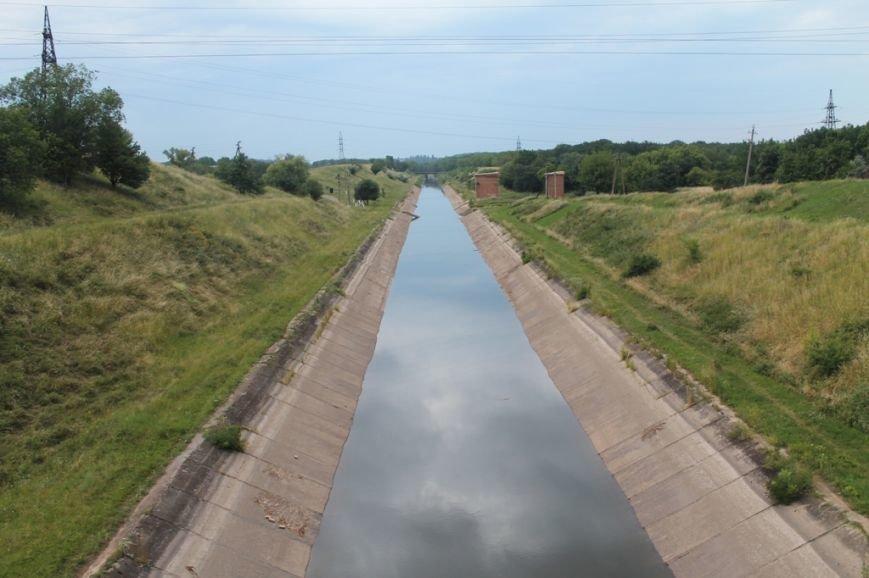 В канале поднимается уровень воды. Но артемовцам ее еще не качают (ФОТО), фото-1