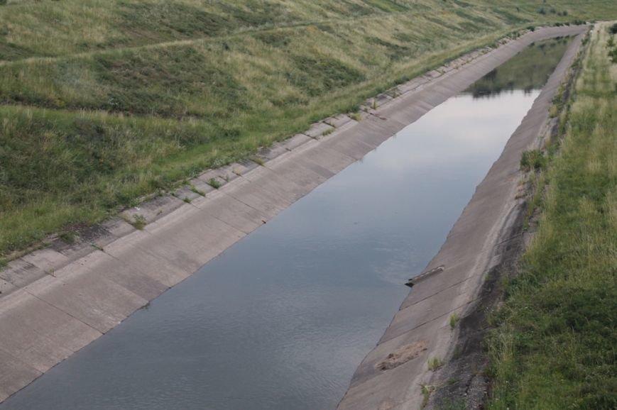 В канале поднимается уровень воды. Но артемовцам ее еще не качают (ФОТО), фото-2