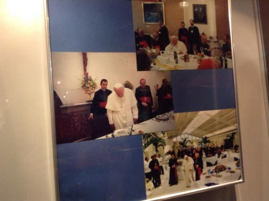 У Львові можна побачити ложки та вилки, якими користувався Папа Римський (ФОТО), фото-8