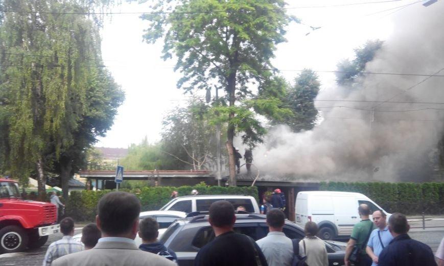 Пожежу в кафе «Перлина Львова» вже погасили (ФОТО), фото-1
