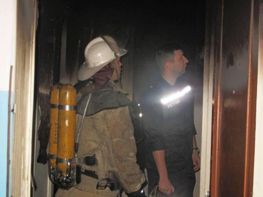 В Запорожье пожар в квартире застал врасплох беременную женщину (ФОТО), фото-4