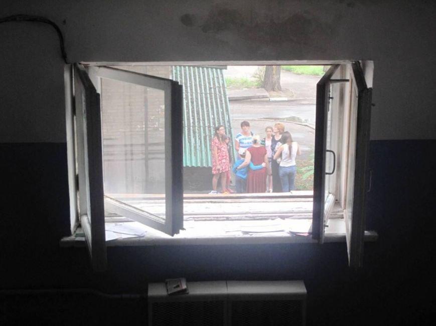 В Запорожье пожар в квартире застал врасплох беременную женщину (ФОТО), фото-3