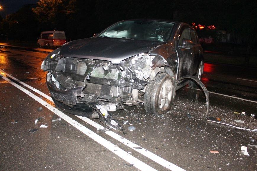 ДТП в Кривом Роге: при столкновении ВАЗа и Nissan'а пострадали 9 человек (ФОТО, ДОПОЛНЕНО), фото-8