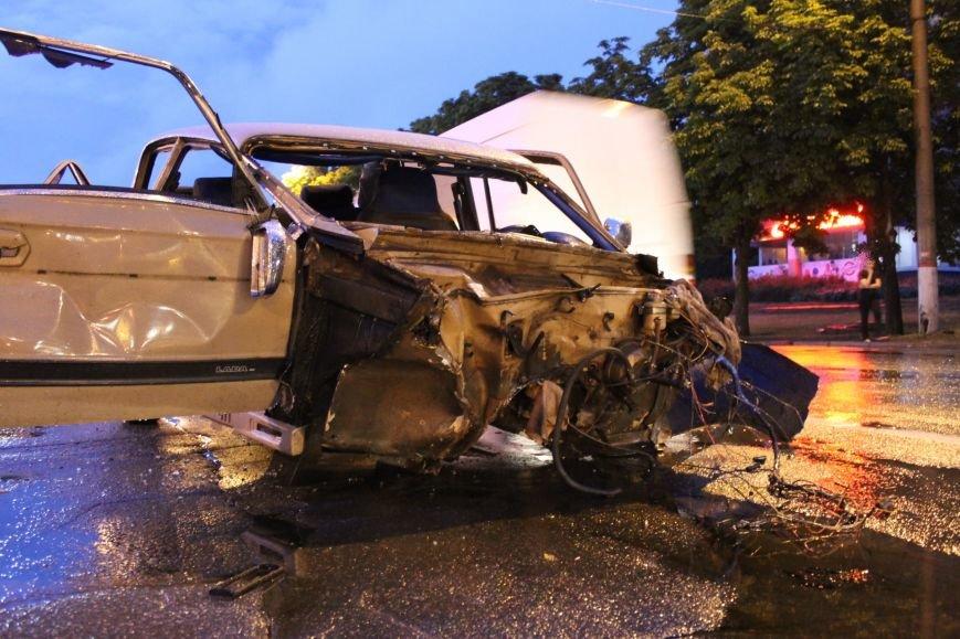 ДТП в Кривом Роге: при столкновении ВАЗа и Nissan'а пострадали 9 человек (ФОТО, ДОПОЛНЕНО), фото-6