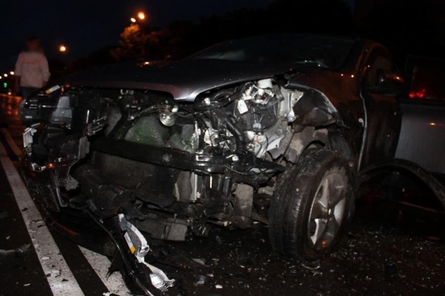 ДТП в Кривом Роге: при столкновении ВАЗа и Nissan'а пострадали 9 человек (ФОТО, ДОПОЛНЕНО), фото-7