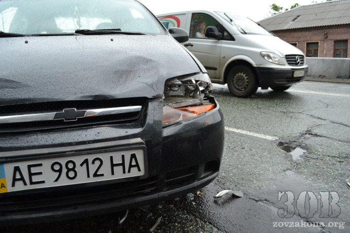 В Днепропетровске автомобиль миссии ОБСЕ попал в ДТП (ФОТО), фото-1