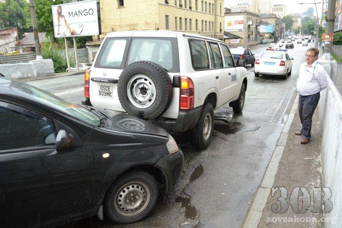 В Днепропетровске автомобиль миссии ОБСЕ попал в ДТП (ФОТО), фото-4