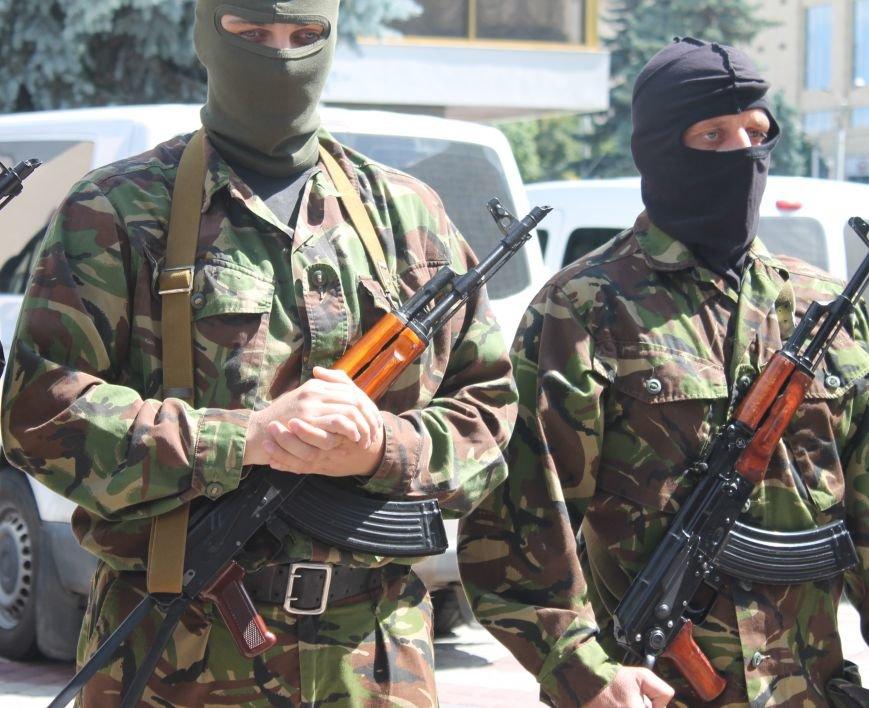 «Повертайтесь живими та здоровими» - Луцьк проводжає бійців «Правого сектору» на Схід, фото-9