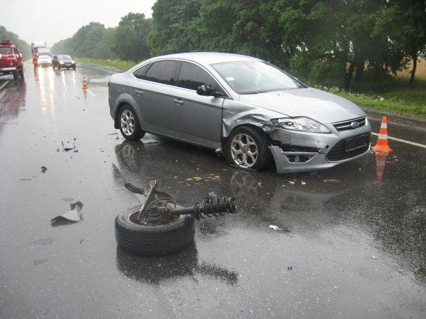 В ДТП на трассе Киев-Харьков погибли два человека (ФОТО), фото-1