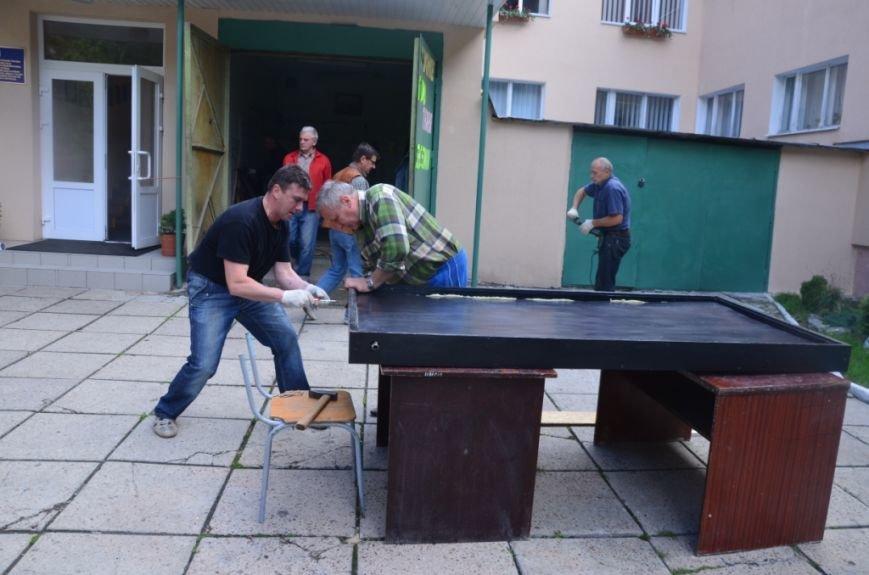 Фото сонячного колектора, який нагріє воду у львівській школі та зекономить дорогий газ (фоторепортаж), фото-9