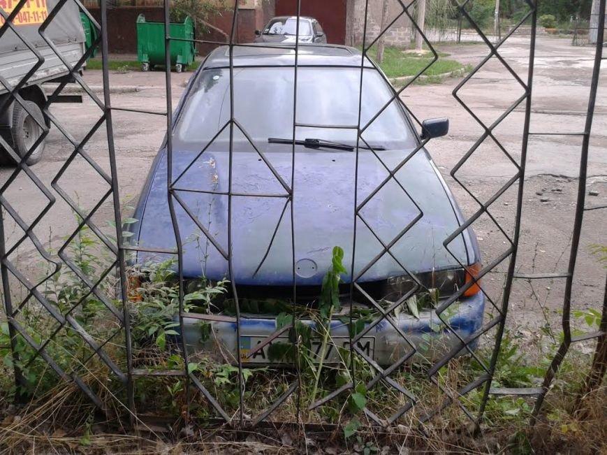 В Мариуполе  на 1,5 месяца бросили BMW (ФОТО), фото-3