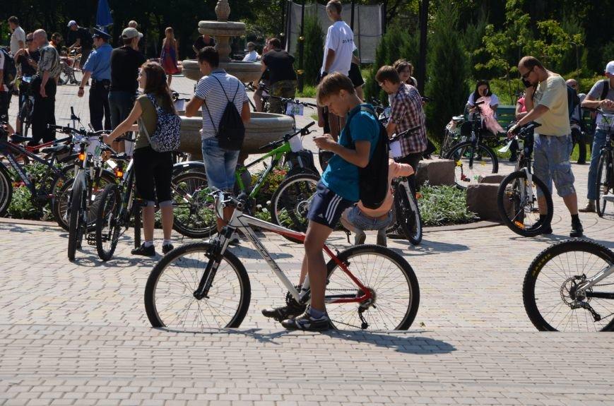 В Мариуполе более 100 велосипедистов проехались по центральным улицам (ФОТОРЕПОРТАЖ), фото-3
