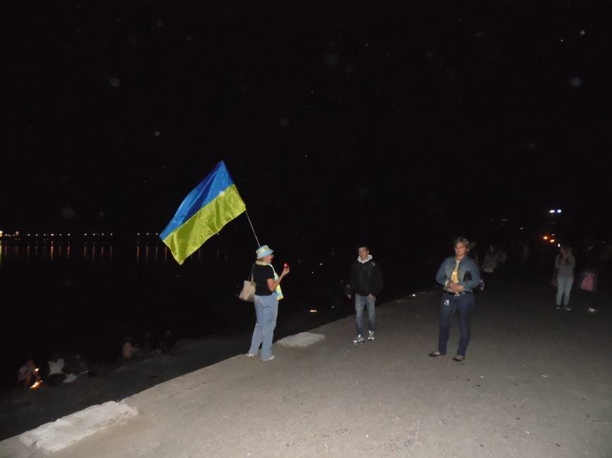 Как в Днепропетровске герб Украины на «Парусе» светился (ВИДЕО, ФОТО), фото-25