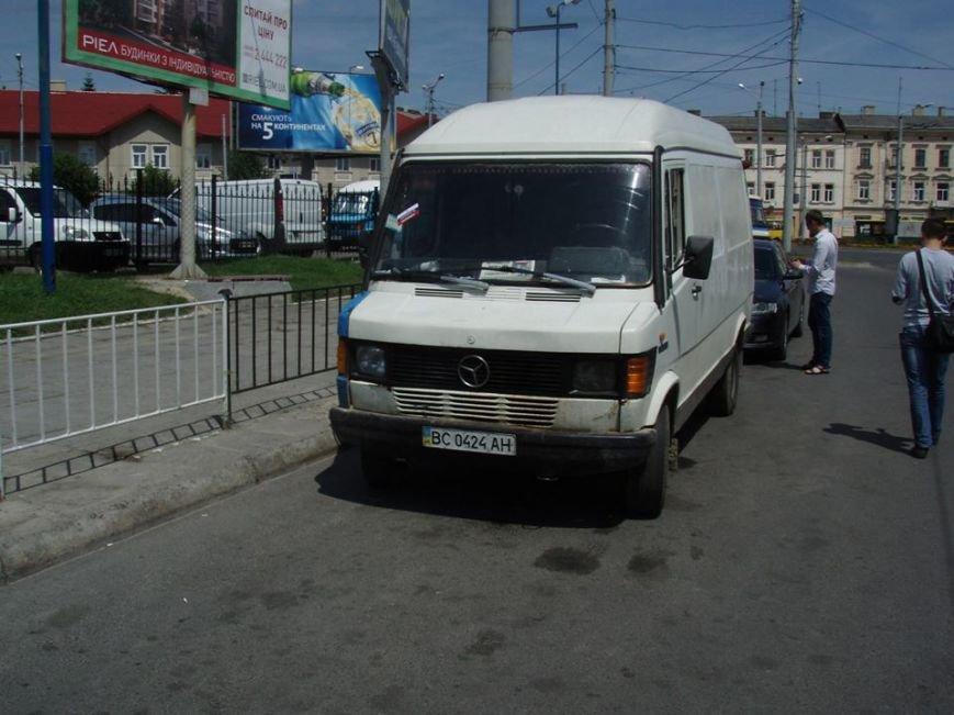 У Львові близько 200 водіїв отримали «клеймо» (фоторепортаж), фото-17