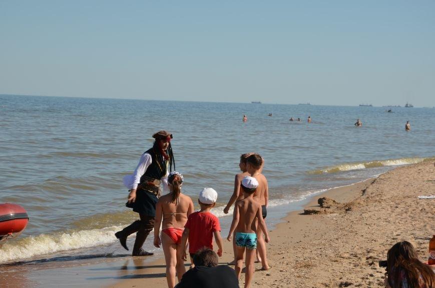 В Мариуполе на пляже жители лепили слона, черепаху, русалку и драматический театр (ФОТОРЕПОРТАЖ), фото-26