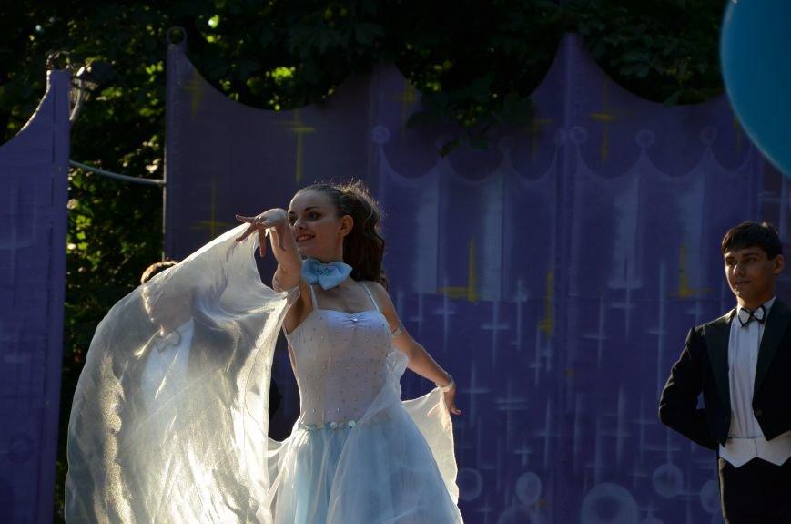 В Мариуполе отметили День молодежи (ФОТОРЕПОРТАЖ), фото-24