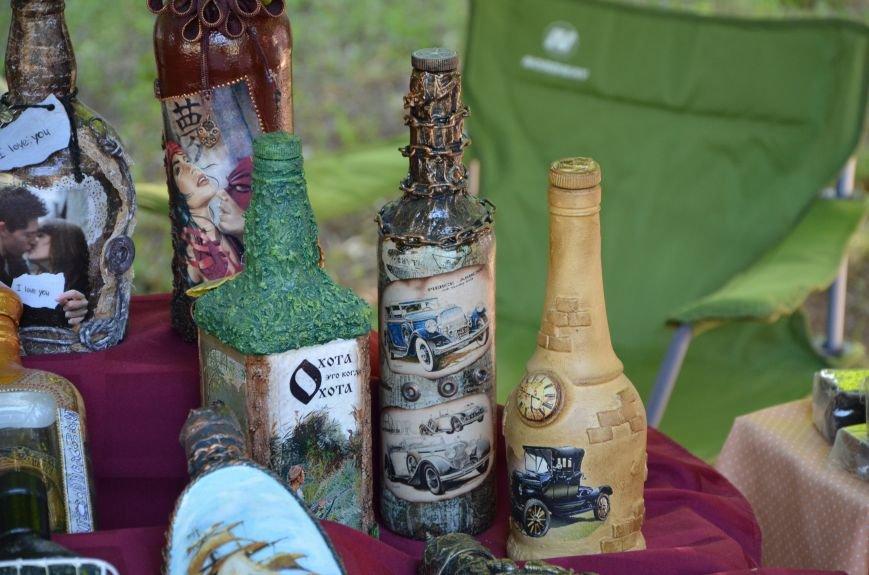 Мариупольские мастерицы показали своих кукол, украшения и расписные бутылки (ФОТО), фото-19
