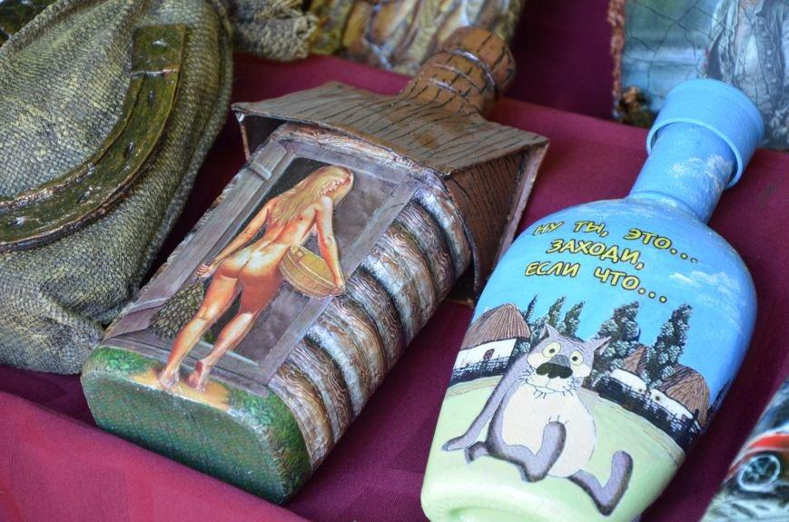 Мариупольские мастерицы показали своих кукол, украшения и расписные бутылки (ФОТО), фото-18