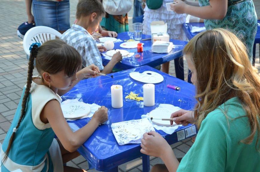 Мариупольские мастерицы показали своих кукол, украшения и расписные бутылки (ФОТО), фото-24