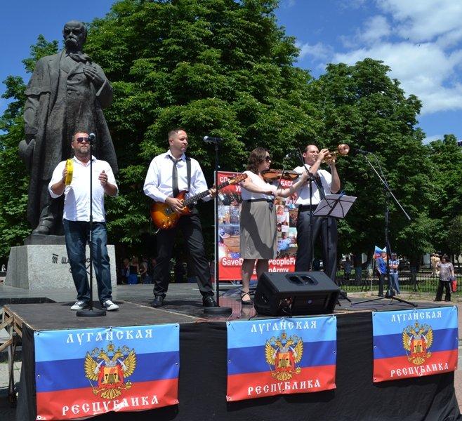 В Луганске митинговали за мир и против «киевской хунты». ФОТО, фото-7