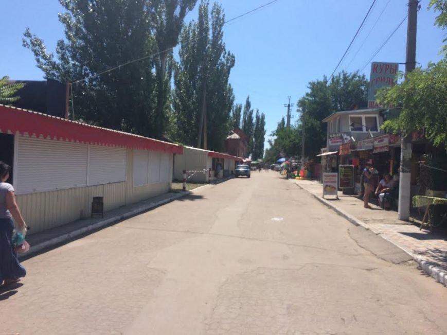 В Мелекино не работает рынок, магазины сдаются в аренду, а отдыхающие не хотят питаться в кафе(Фотофакт), фото-3