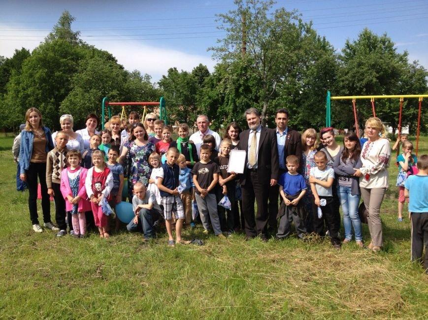 На Рівненщині відкрили майданчик для дітей, хворих на туберкульоз (Фото), фото-1
