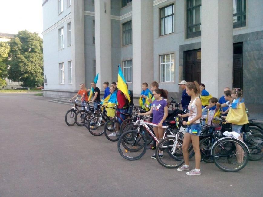 Коростишів об'єднався у «Велопробіг Нероздільності України», фото-1