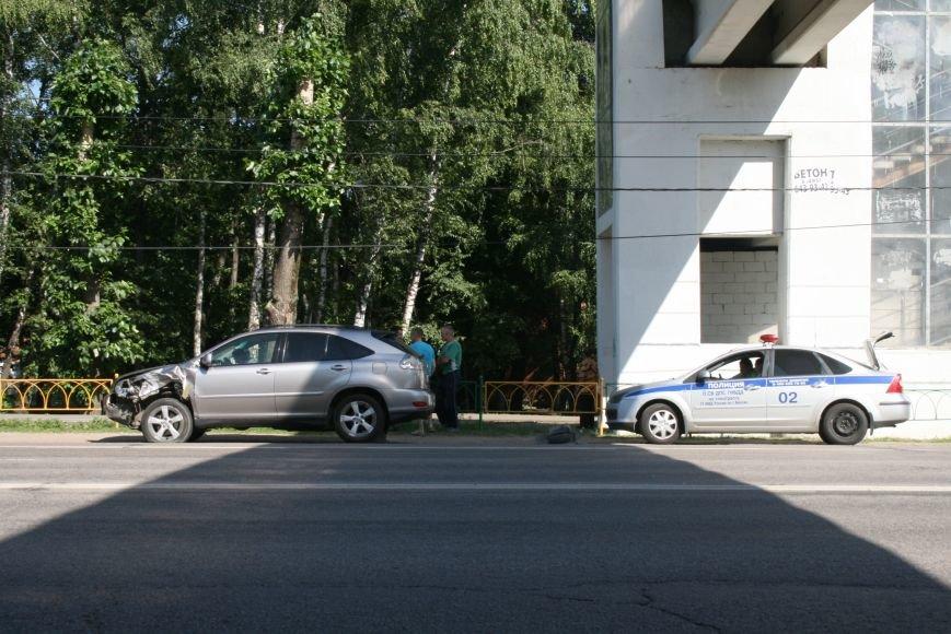 На 36-м км Калужского шоссе Lexus въехал в жигули, фото-2