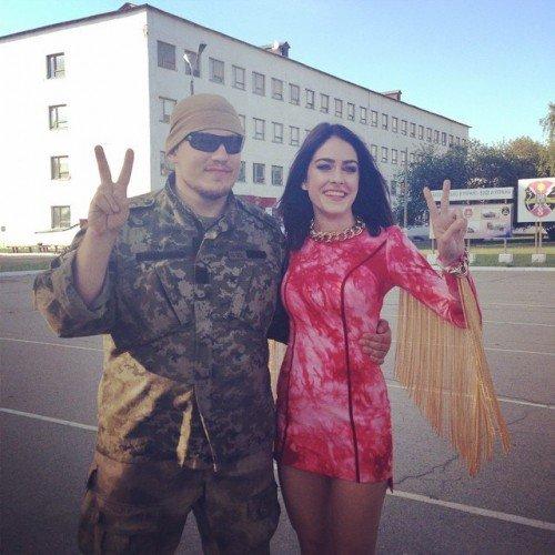 Украинская певица выступила перед черниговскими военнослужащими, фото-4