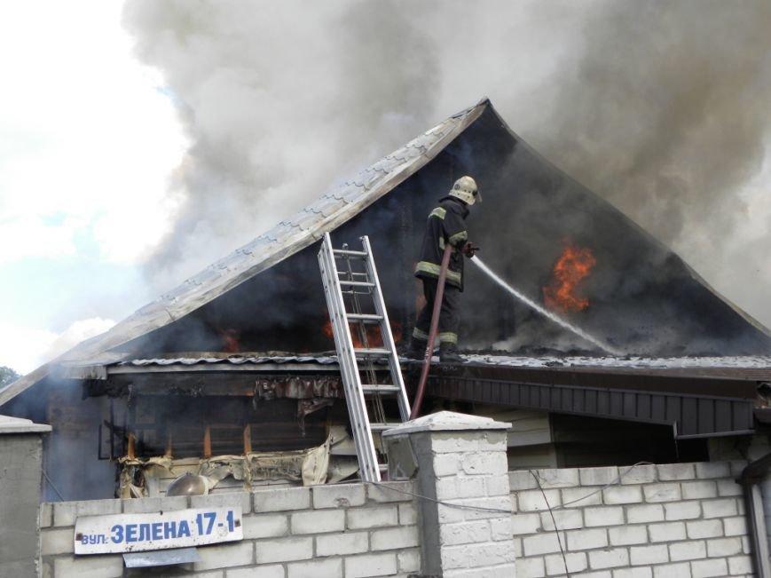 В Чернигове пожарные спасли от огня жителей многоквартирного дома, фото-4