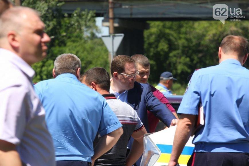 Расстрел трех милиционеров в центре Донецка — новые подробности кровавой бойни (ФОТО 18+), фото-1
