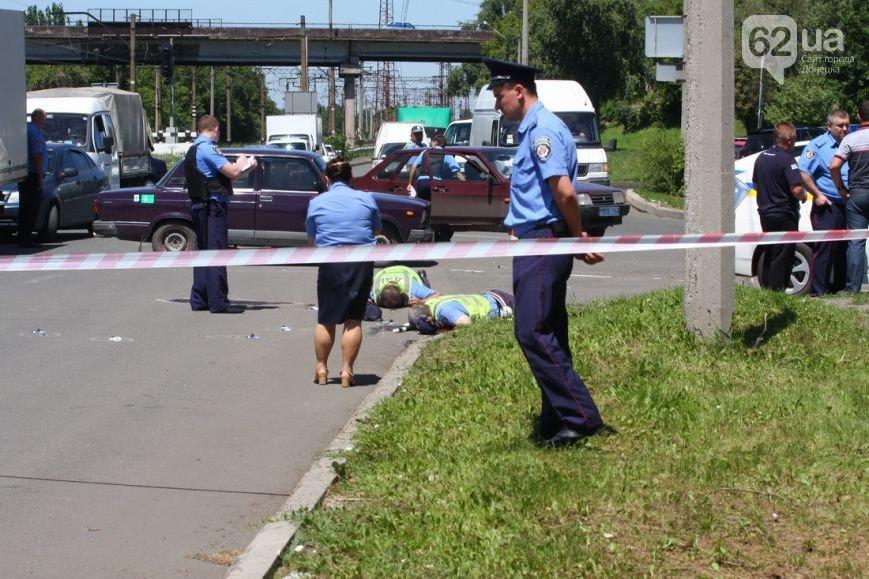Расстрел трех милиционеров в центре Донецка — новые подробности кровавой бойни (ФОТО 18+), фото-3