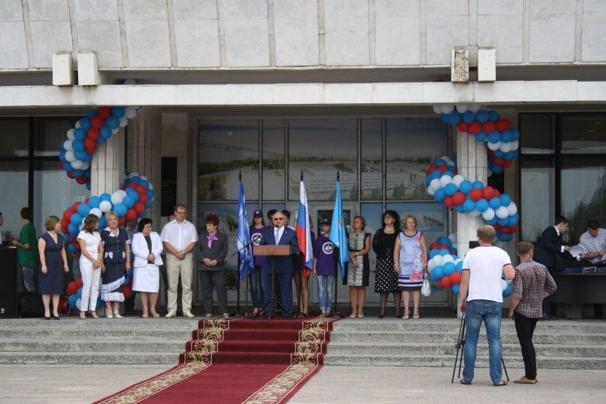 Выпускники УлГПУ впервые приняли участие в шествии, фото-6