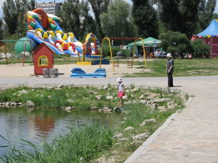 Вознесеновский парк: борьба с алкоголем и футбольные баталии на большом экране, фото-6