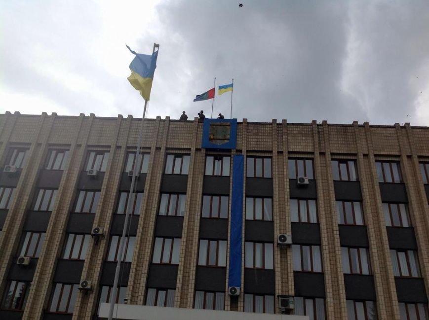 Артемовск под контролем украинских силовиков: в город вошла тяжелая техника (ФОТО + ВИДЕО), фото-9